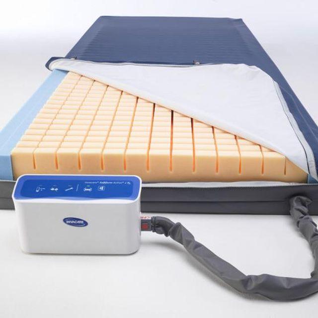 Invacare Softform Active 2 Rx, Anti-Dekubitus-Matratze, Hybrid-System, Wechseldruck & Weichlagerung in einem System, bis Grad 4, bis 247 kg